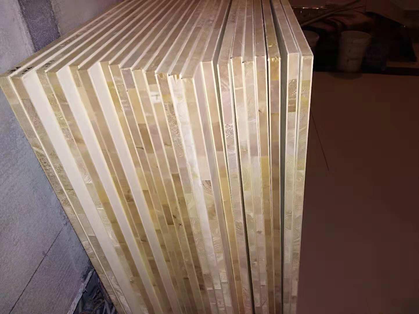 木工制作的上下床 邻居很坚决的说定制的 不信看图